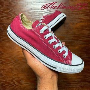 Converse AllStar Women Size 7.5